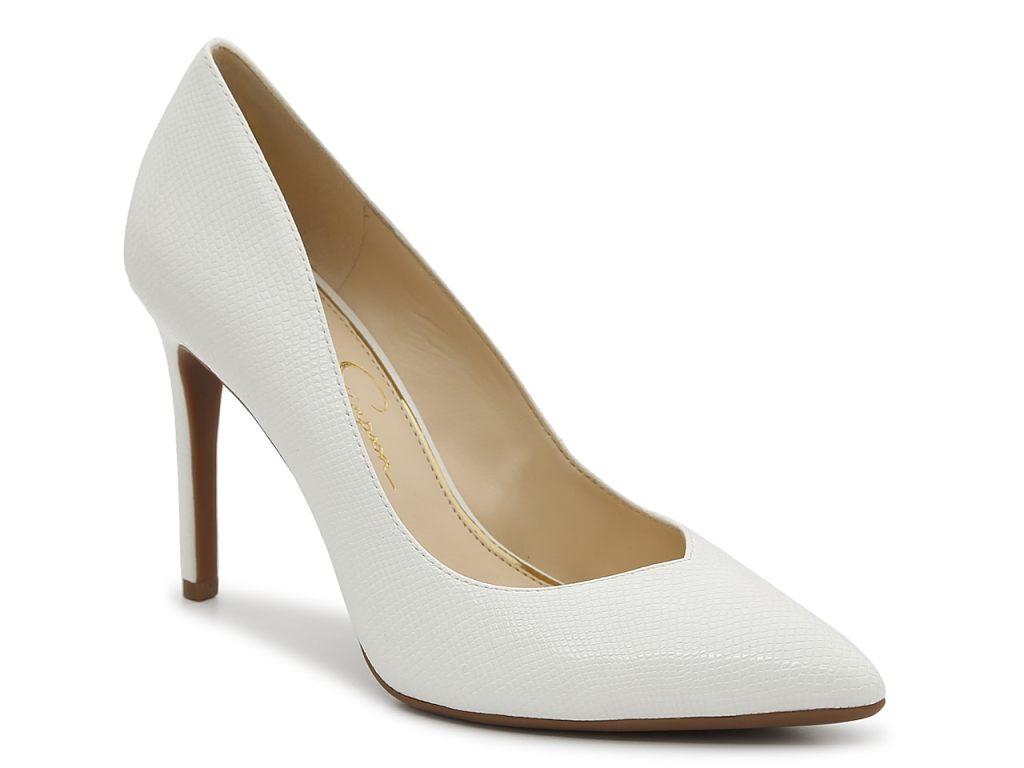 Jessica Simpson, pumps