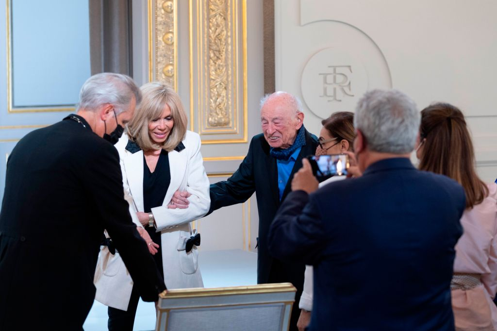 Brigitte Macron and Edgar Morin. French President Emmanuel Macron attends a ceremony to celebrate Edgar Morin's 100th birthday at Elysee Palace. Paris, FRANCE-08/07/2021 (Sipa via AP Images)