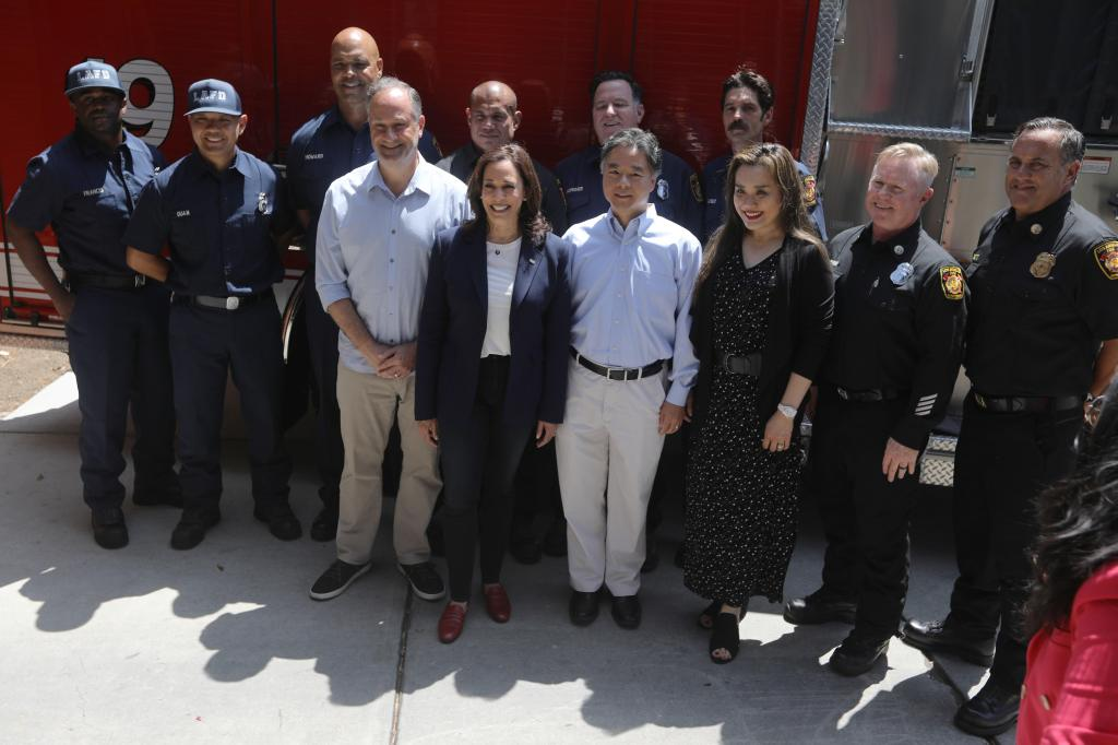 United States Vice President Kamala Harris and her husband Second Gentleman Douglas Emhoff make a surprise visit to LAFD 19 station in the Brentwood neighborhood of Los Angeles, California, United States as part of the holiday celebration on 04 July 2021. In 2019, the crew of Station 19 were part of more than 1,000 firefighters who battled the Getty fire in Los Angeles.  Credit: David Swanson / Pool via CNP.  July 04, 2021 Pictured: United States Vice President Kamala Harris and her husband Second Gentleman Douglas Emhoff make a surprise visit to LAFD 19 station in the Brentwood neighborhood of Los Angeles, California, USA as part of the holiday celebration July 04, 2021. In 2019, the crew of Station 19 were among more than 1,000 firefighters who fought the Getty fire in Los Angeles.  Credit: David Swanson / Pool via CNP.  Photo credit: David Swanson - Pool via CNP / MEGA TheMegaAgency.com +1 888 505 6342 (Mega Agency TagID: MEGA767583_008.jpg) [Photo via Mega Agency]