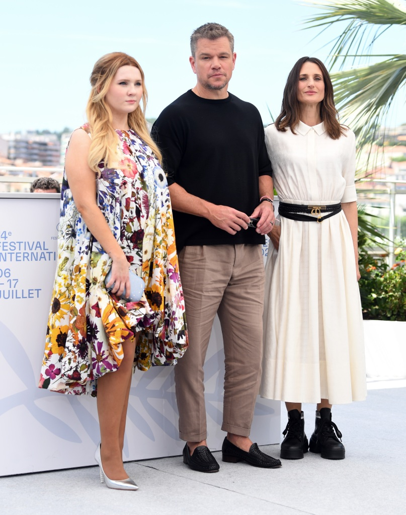 """Camille Cottin attends """"Stillwater"""" photocall during the 74th annual Cannes Film Festival on July 09, 2021 in Cannes, France. CAP/RUN. 09 Jul 2021 Pictured: Abigail Breslin, Matt Damon and Camille Cottin. Photo credit: Rune Hellestad/Capital Pictures / MEGA TheMegaAgency.com +1 888 505 6342 (Mega Agency TagID: MEGA769142_011.jpg) [Photo via Mega Agency]"""