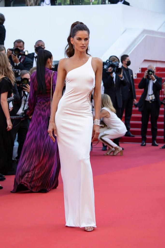 Izabel Goulart, Etro, Cannes FilmFestival