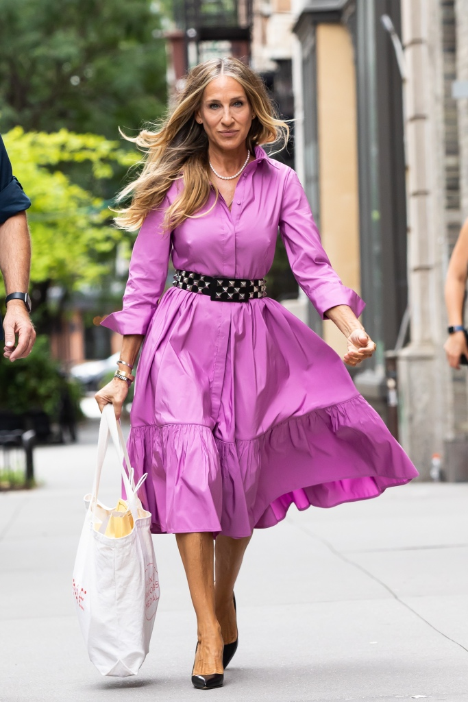 """Sarah Jessica Parker Heads to Set of """"And Just Like That"""" Downtown, NY. 19 Jul 2021 Pictured: Sarah Jessica Parker. Photo credit: RCF / MEGA TheMegaAgency.com +1 888 505 6342 (Mega Agency TagID: MEGA772494_004.jpg) [Photo via Mega Agency]"""