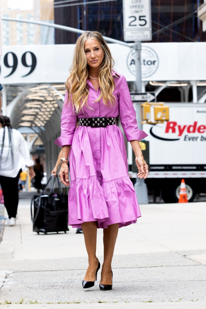 """Sarah Jessica Parker Heads to Set of """"And Just Like That"""" Downtown, NY. 19 Jul 2021 Pictured: Sarah Jessica Parker. Photo credit: RCF / MEGA TheMegaAgency.com +1 888 505 6342 (Mega Agency TagID: MEGA772494_006.jpg) [Photo via Mega Agency]"""
