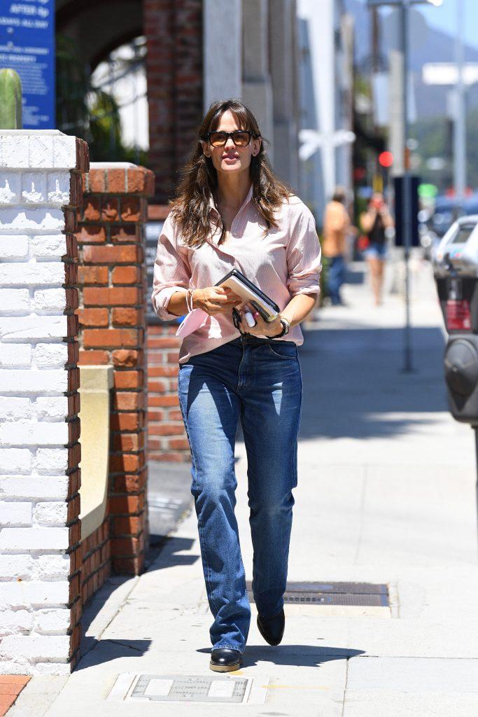 Jennifer Garner, loafers, jeans, button-down shirt, office