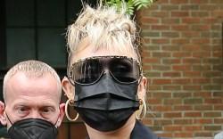 Miley Cyrus, Gucci, platform boots, Lollapalooza