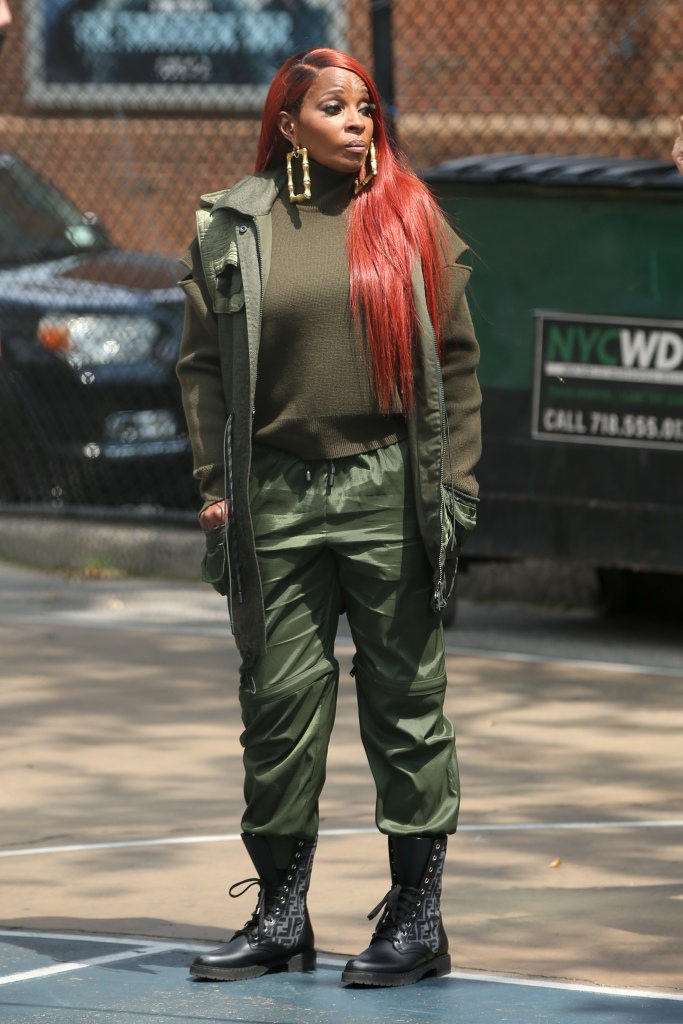 Mary J. Blige and co-star Berto Colon shoot pistols filming 'Power Book II: Ghost' TV show in New York CityPictured: Mary J. BligeRef: SPL5242047 280721 NON-EXCLUSIVEPicture by: Christopher Peterson / SplashNews.comSplash News and PicturesUSA: +1 310-525-5808London: +44 (0)20 8126 1009Berlin: +49 175 3764 166photodesk@splashnews.comWorld Rights
