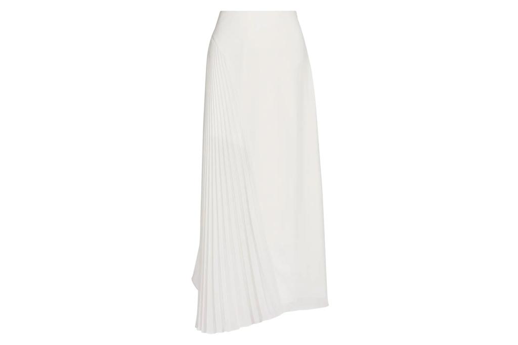 white skirt, amur