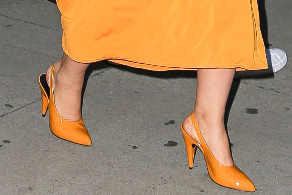 कैमिला कैबेलो, पोशाक, पीली पोशाक, ऊँची एड़ी के जूते, शॉन मेंडेस, तिथि, न्यूयॉर्क