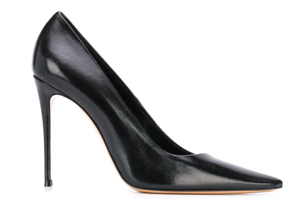 black pumps, heels, casadei