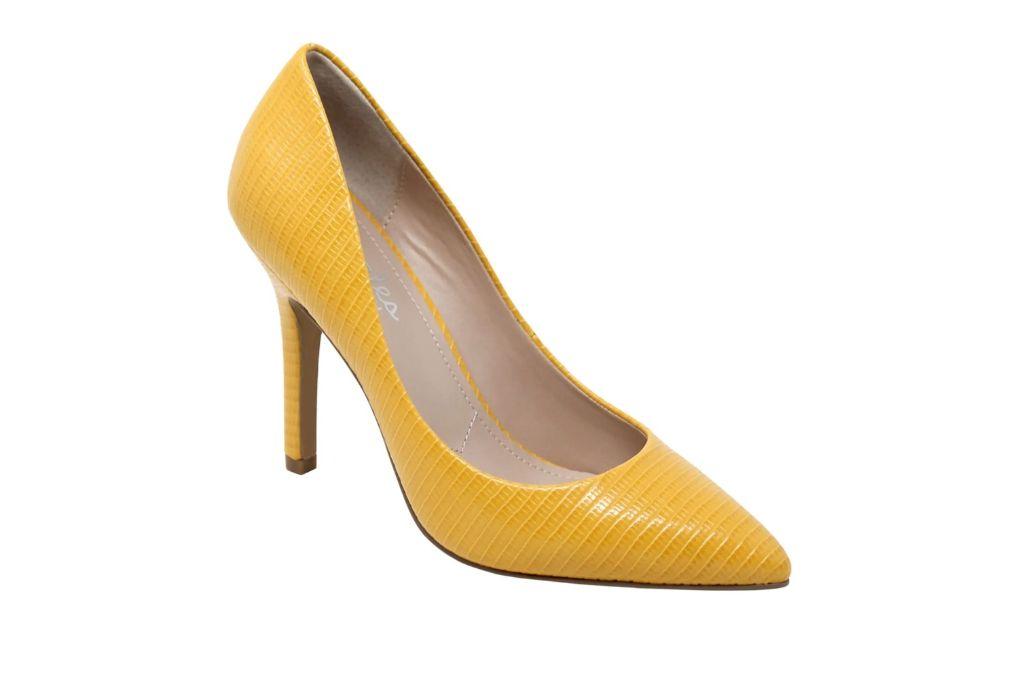 charles david, maxx pump, yellow heels