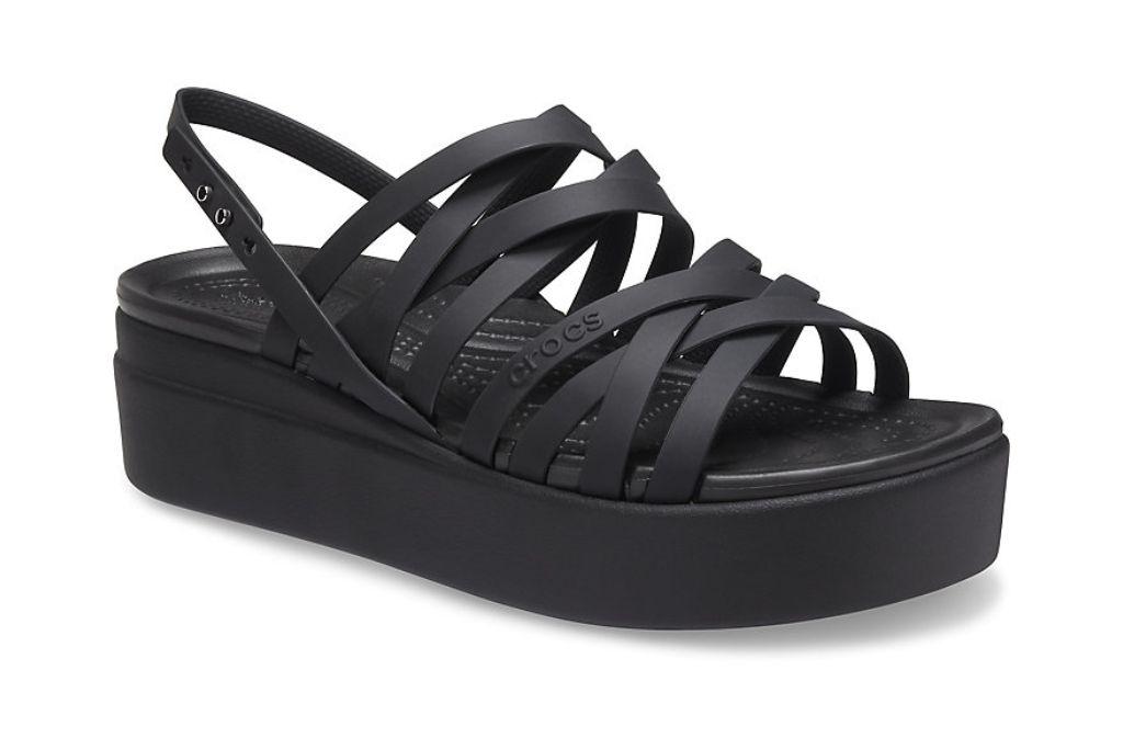 crocs, brooklyn strappy low wedge, platform crocs