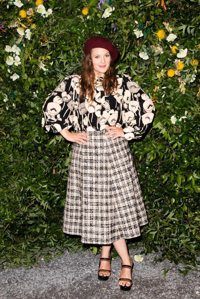 drew barrymore, floral shirt, checked skirt, platform heels, gucci