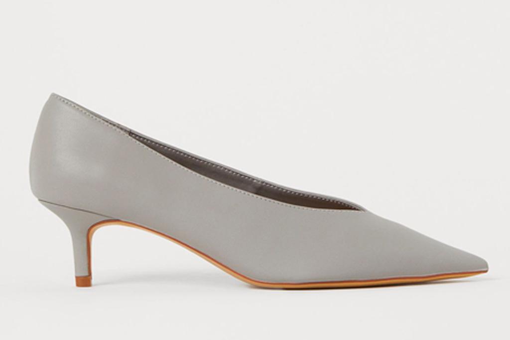 gray heels, silver pumps, hm