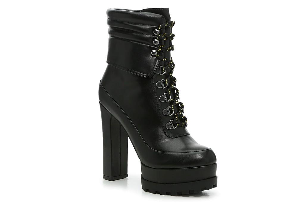 black boots, combat boots, platform, heels, jessica simpson