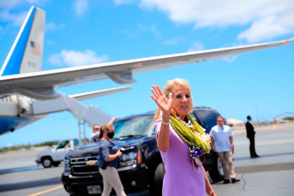 jill biden, floral dress, dress, purple, lei, hawaii