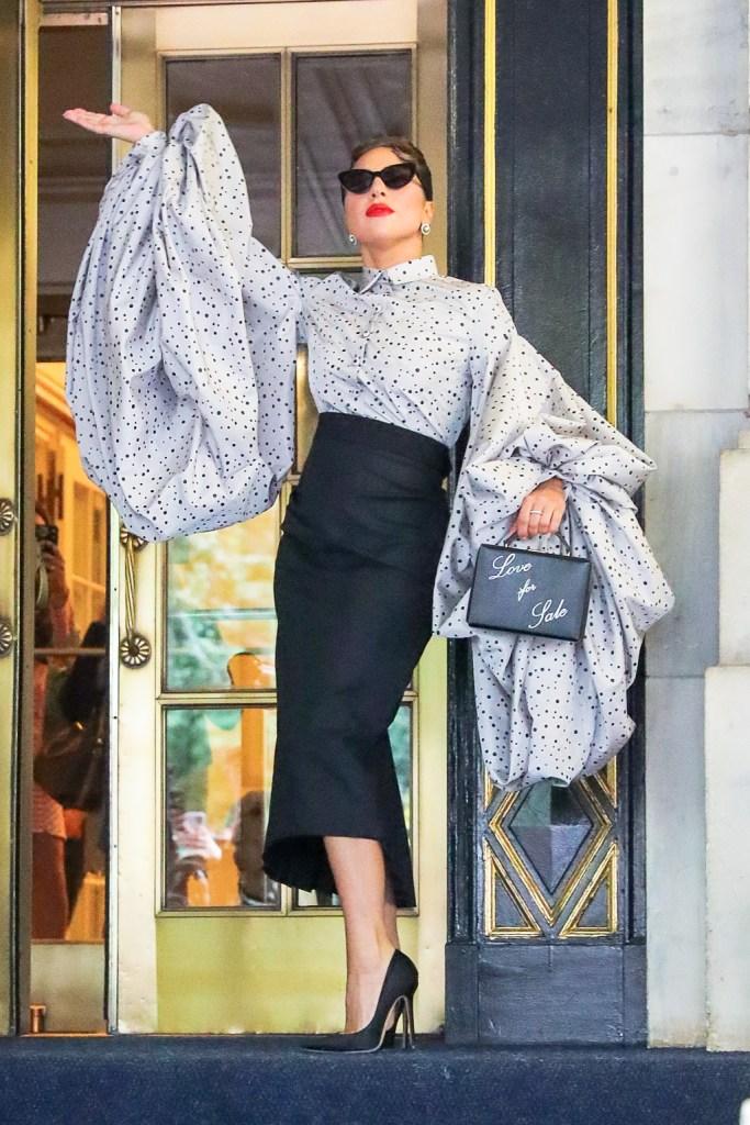 lady gaga, puff sleeve, skirt, pumps, nyc