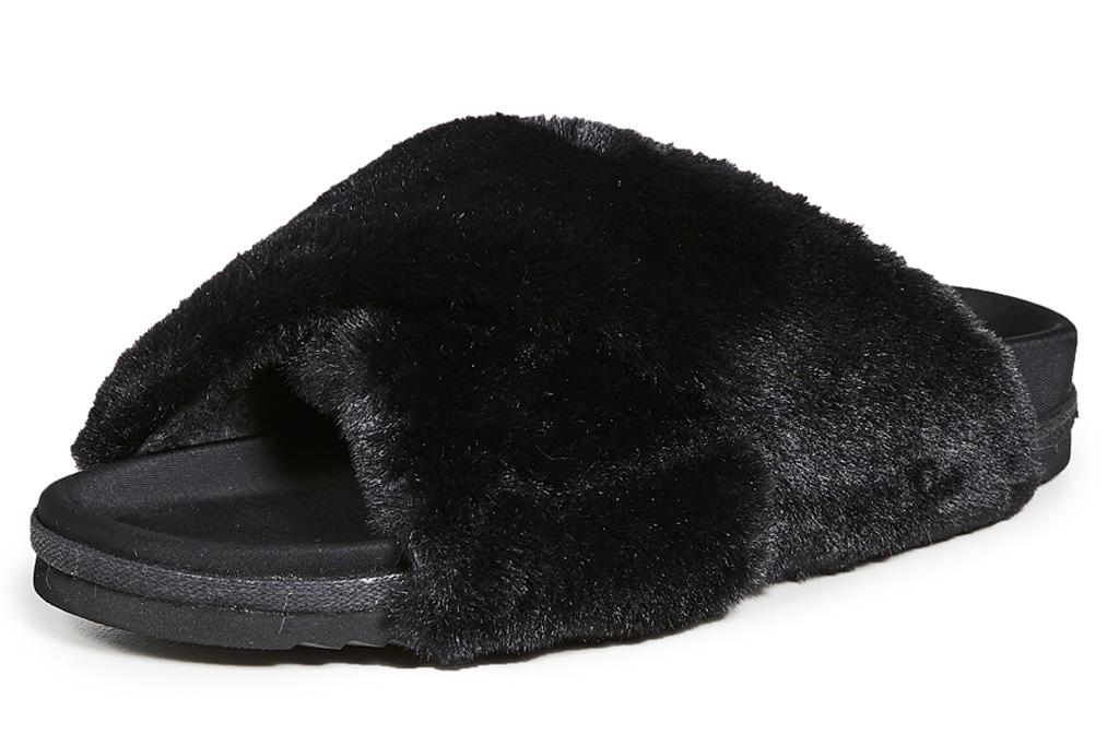 black slides, slippers, furry, roam