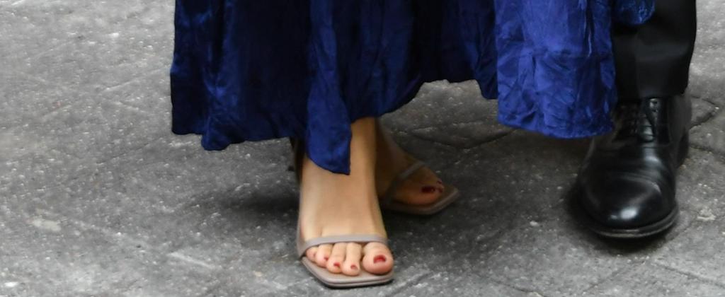 salma hayek, square heels, paris fashion week