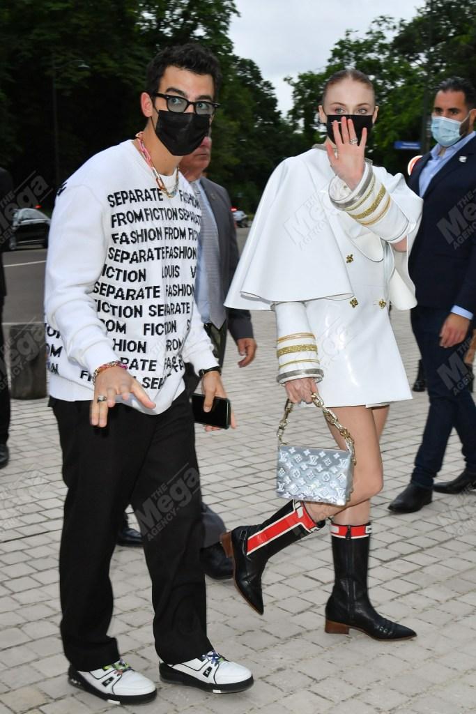 sophie turner, mini dress, cowgirl boots, paris fashion week