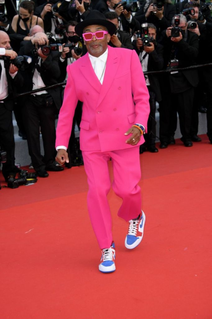 spike lee, pink suit, hot pink, suit, louis vuitton, sneakers, nike, custom, cannes fim festival, france