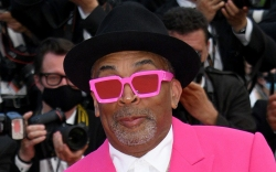 spike lee, pink suit, hot pink,