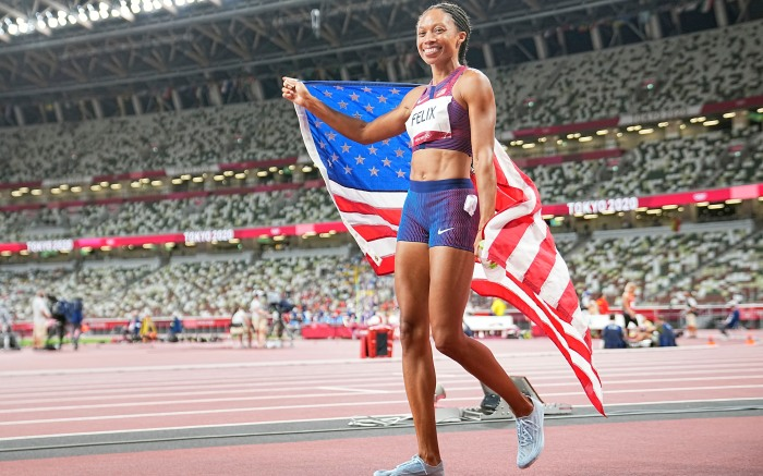 06 August 2021, Japan, Tokio: Athletics: Olympics, 400 m, women, final at the Olympic Stadium. Allyson Felix of the USA cheers after her run. Photo by: Michael Kappeler/picture-alliance/dpa/AP Images