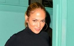 Jennifer Lopez, Cult Gaia, Havaianas, flip