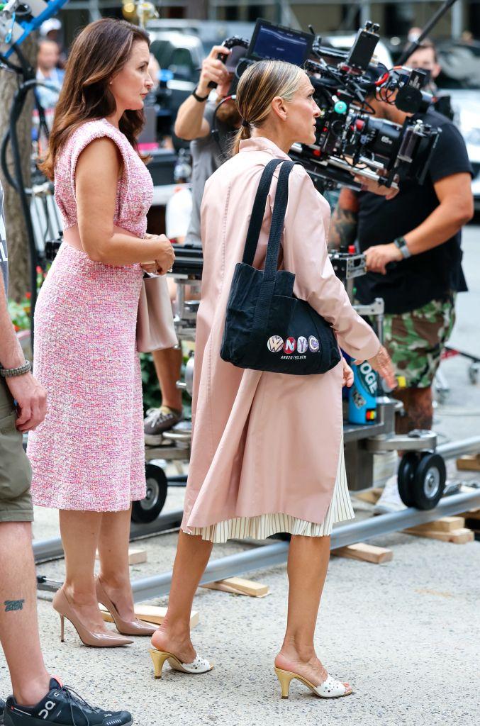 Kristin Davis, Sarah Jessica Parker, nude pumps, tweed dress, louis vuitton, top-handle bag, and just like that, nyc