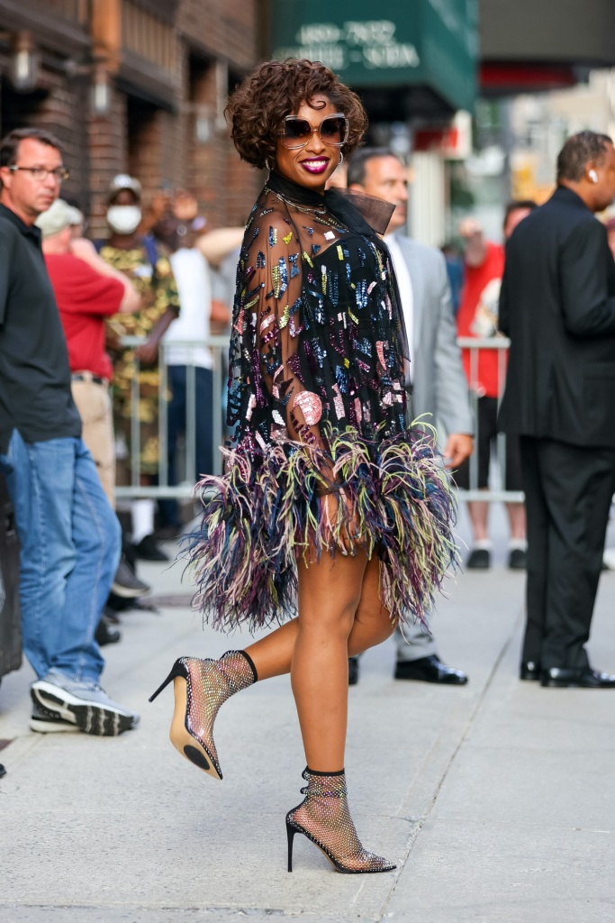 Jennifer Hudson, Le Silla, Late Show with Stephen Colbert, nyc, black dress, pumps