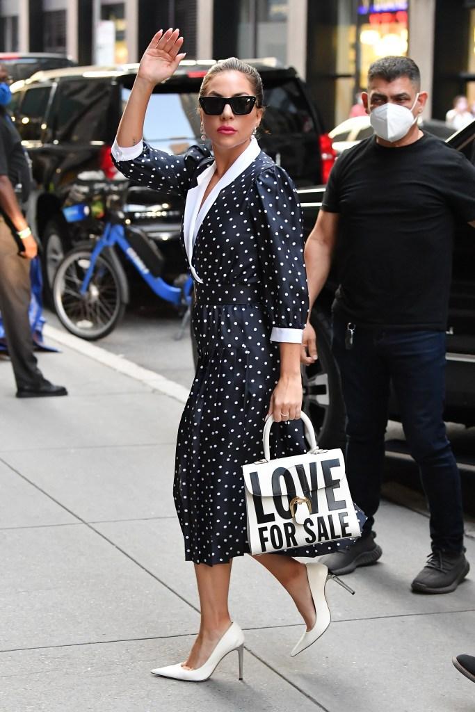 Lady Gaga, Giuseppe Zanotti, Rodarte, white pumps, polka dot dress, NYC