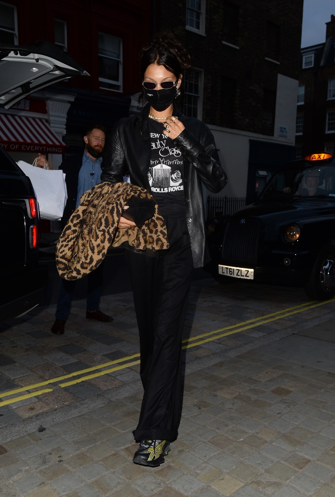 Bella Hadid, aisics london
