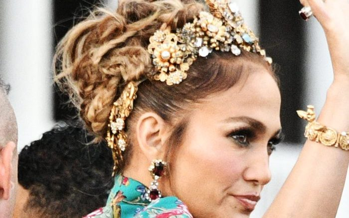 Jennifer Lopez Leaves The Hotel San Clemente And Arrives At The Parade In Piazza San Marco