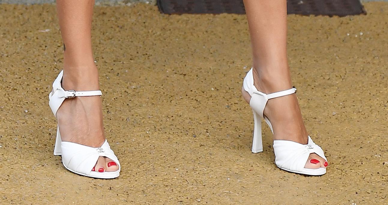 Penelope Cruz, chanel, venice film festival, sandals, shoes