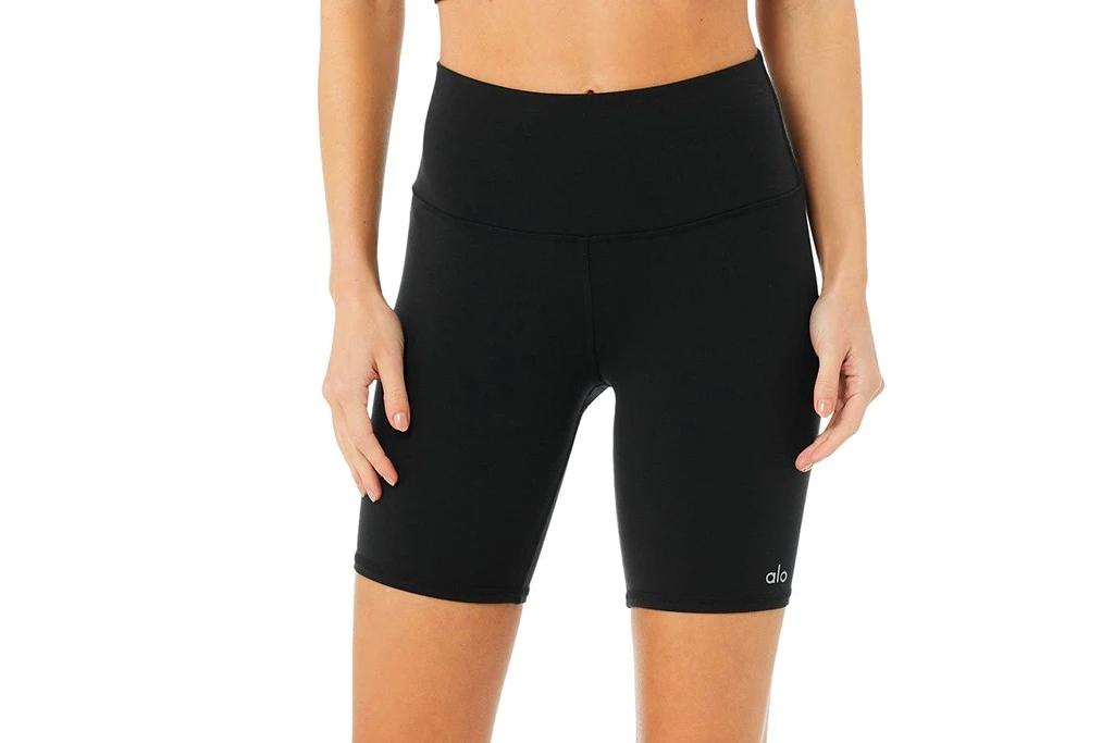 black bra, sports bra, biker shorts, alo yoga