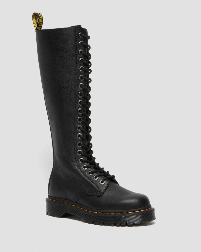 black boots, combat boots, knee high, dr martens