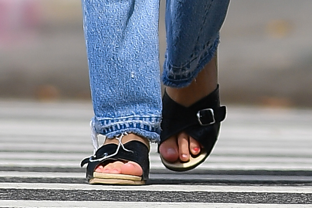 lily-rose depp, bustier top, jeans, sandals, sunglasses, ugly sandals, austin butler, coffee, date