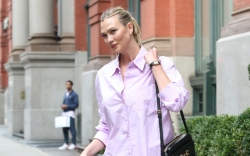 Karlie Kloss, purple set, flat sandals,