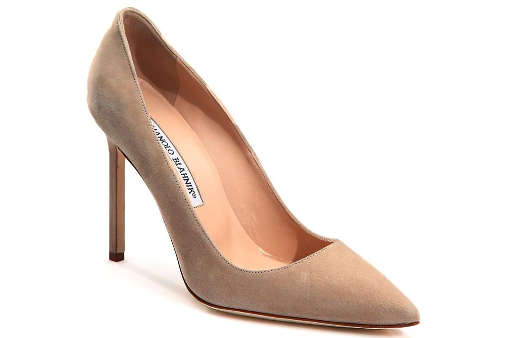 nude pumps, heels, manolo blahnik