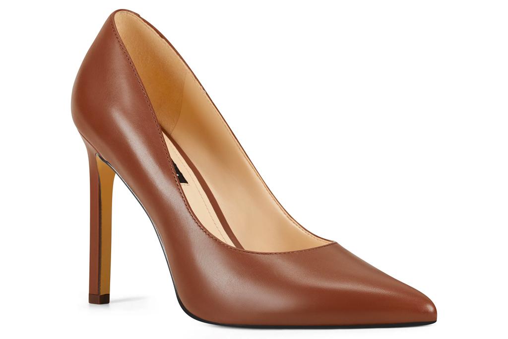 brown pumps, heels, nine west