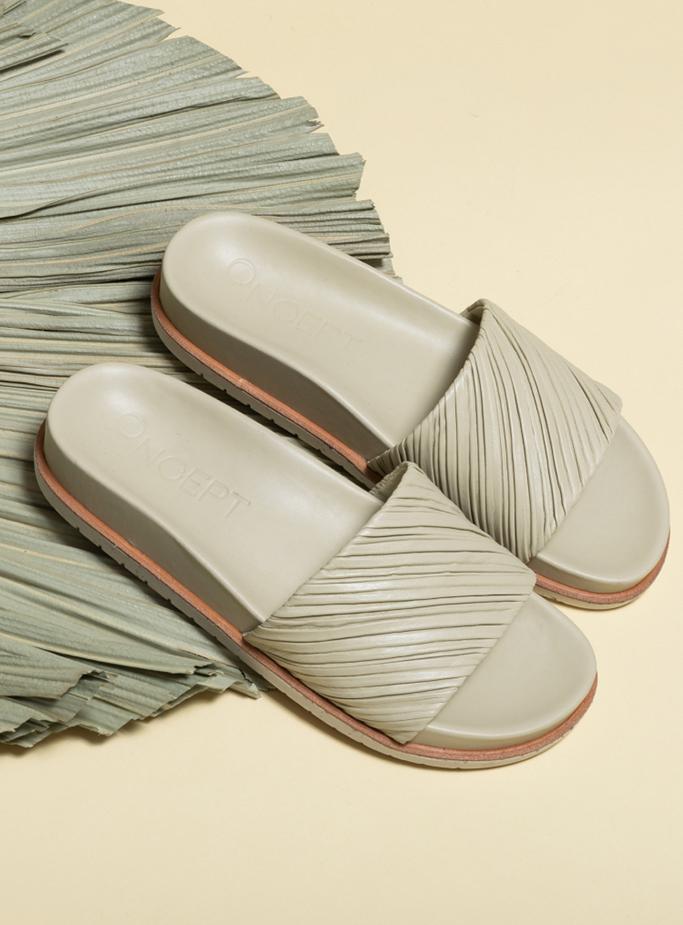 Oncept sandals