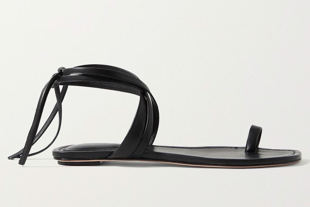 black sandals, flats, square toe, porte & paire