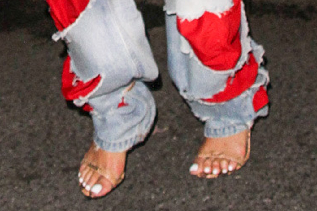 rihanna, ripped jeans, crop top, scarf top, heels, sandals, asap rocky, date, new york, club, party
