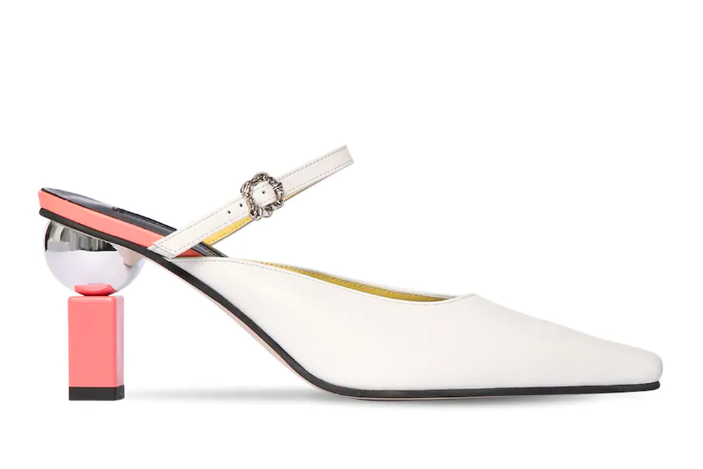 white mules, pointed toe, yuul yie