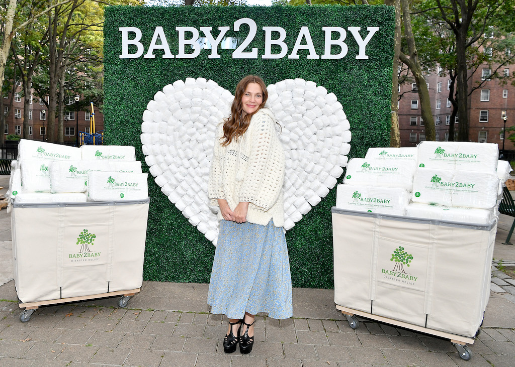 Drew Barrymore attends Baby2Baby Hearts NY - A Covid Relief Diaper Distribution Hosted By Drew Barrymore on September 29, 2021 in New York City.