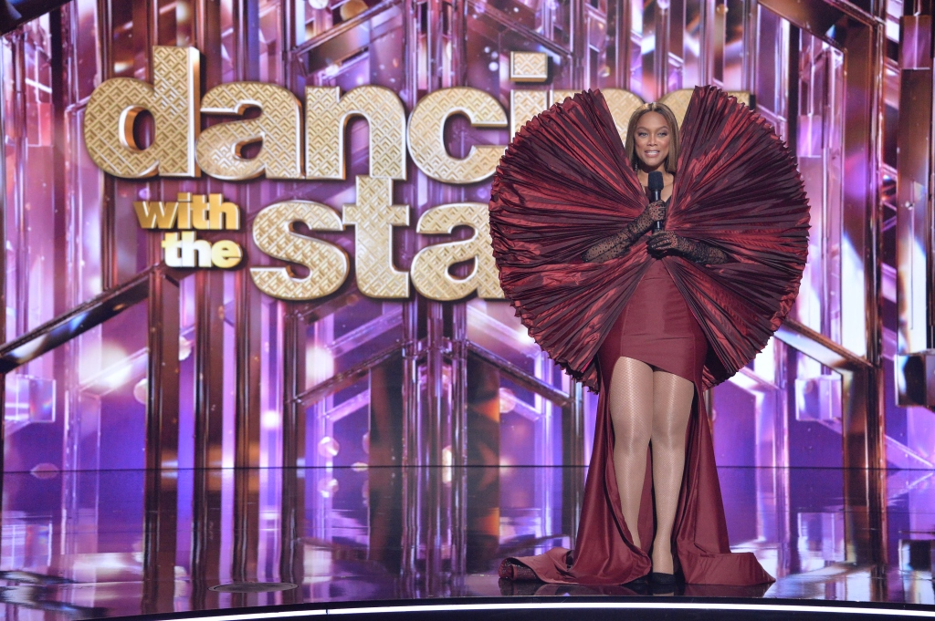 Tyra Banks, Dancing With the Stars, red dress, sleeves, jurassic park