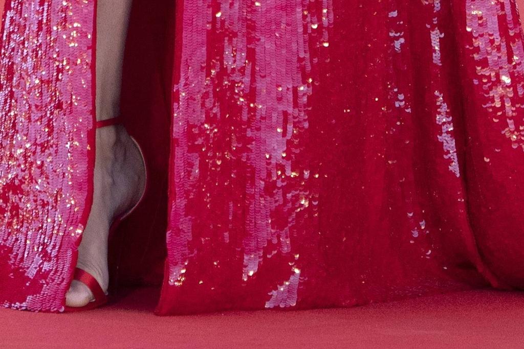 Adriana Lima, Etro, gown, sandals, Venice Film Festival