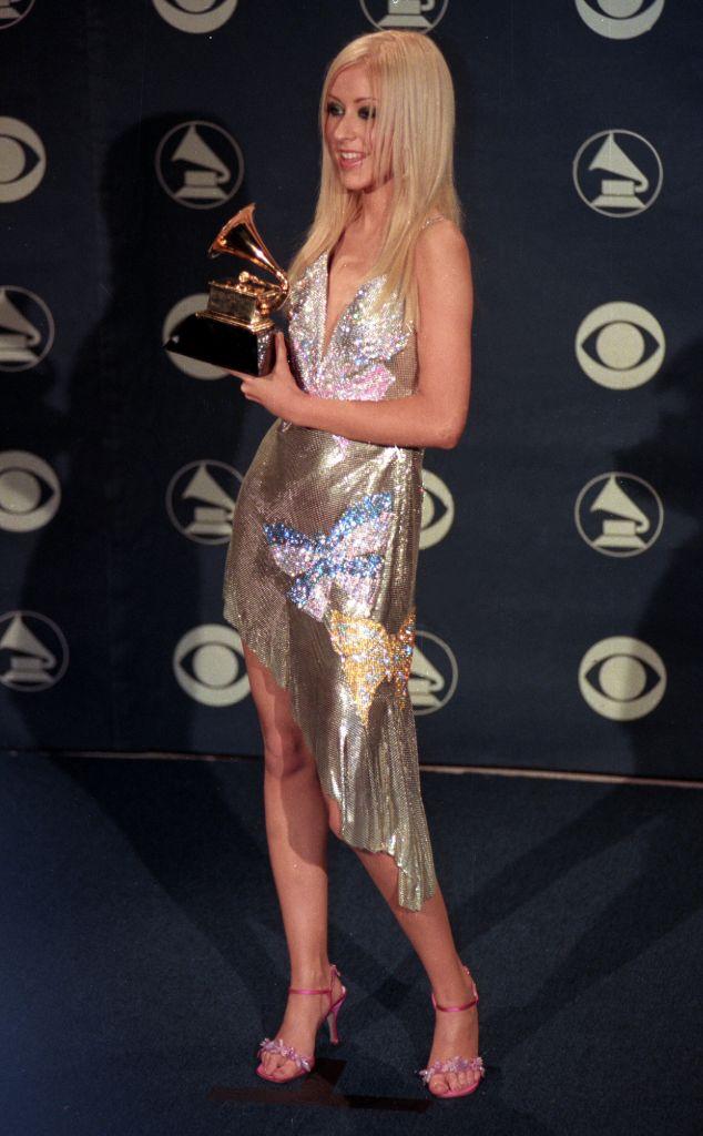 christina aguilera, christina aguilera y2k fashion, y2k fashion, christina aguilera 2000 grammy awards, grammys, 2000 grammy awards, versace
