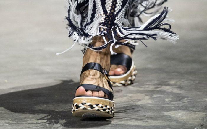 gabriela hearst, gabriela hearst shoes, gabriela hearst spring 2022, spring 2022, nyfw, new york fashion week, spring 2022, fashion, runway