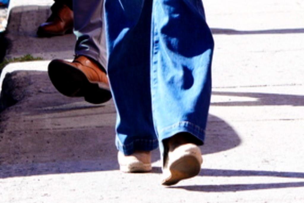 Sophie Gregoire-Trudeau, Justin Trudeau, wedges, raffia wedges, mom jeans, election, Canada