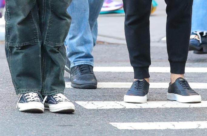 Joe Jonas, Nick Jonas, Jonas Brothers, NYC, converse, sneakers, tiktok